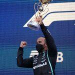 Hamilton rast mit 100. Sieg an die WM-Spitze